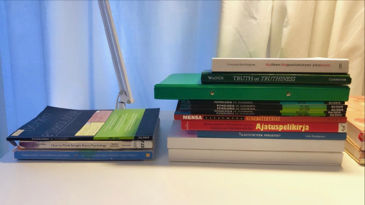 Kirjoja, joita luin ennen psykologian ennakkomateriaalien julkaisua